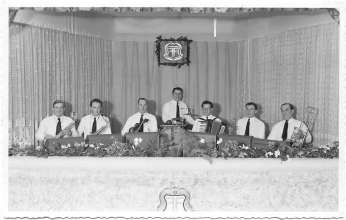 Tanzorchester um das Jahr 1950